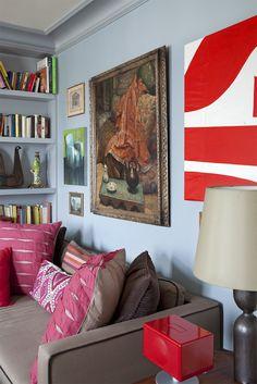 Living Room in Paris #tommasoziffer #livingroom #interiordesign #interiors #sofa #chairs #armchairs #applique #mirror #Paris #furniture #lamp #painting #pillow Room Interior Design, Living Rooms, Armchair, Applique, Sofa, Painting, Paris, Pillows, Mirror