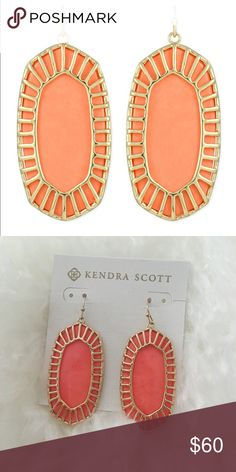 NWT Kendra Scott Gold Delilah Large Drop Earrings Brand new! Never worn and in original packaging. Beautiful salmon and gold Kendra Scott earrings. Very rare find. Kendra Scott Jewelry Earrings