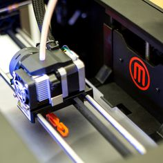 Check out this shot of the #MakerBot Replicator 2 in action! #3Dprinting