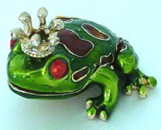 Swarovski Crystal Crowned Frog Trinket Jewelry Ring Box