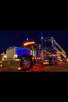 LIKE Progressive Truck Driving School: www.facebook.com/... #trucking #truck #driver  light show
