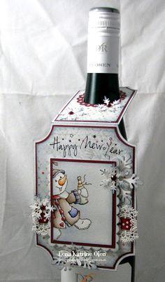 Happy New Year's bottle tag by Lena Katrine