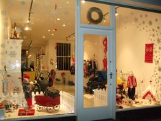 christmas window displays | Kidsen Christmas window display « EMILY WHEELER