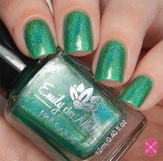 Enchanted Isle - Emily de Molly