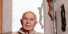 O pe. Francisco López Sedano, exorcista mexicano de 80 anos, declarou em recente entrevista ao jornal Hoy Los Angelesque já fez cerca de 6 mil exorcismos ao longo de 40 anos de ministério. Para ap…