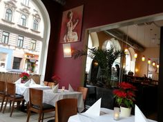 Table Settings, Places, Vienna, Different Types Of, Restaurants, Place Settings, Tablescapes