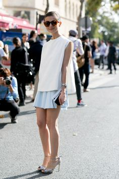 you can't go wring with a mini pleated skirt and metallic heels