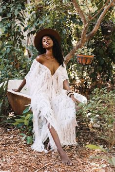 Fantastic boho dresses are offered on our website. look at this and you wont be sorry you did. Hipster Outfits, Backless Maxi Dresses, Sexy Dresses, Linen Dresses, Casual Dresses, Short Beach Dresses, Black Girl Aesthetic, Boho Stil, Photography Poses