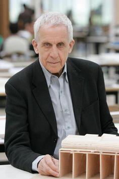 Kenneth Frampton.
