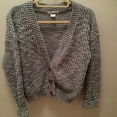 Urban Outfitters Glamorous Basic Grey Cardigan Cute, comfy, and cozy cardigan with a slouchy, relaxed fit. This chunky knit will keep you warm all winter! The slightly cropped fit means it can fit size S as well as size M. Urban Outfitters Sweaters Cardigans