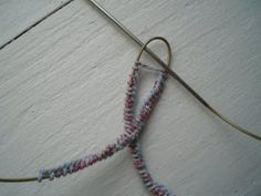Newest Photos knitting socks magic loop Thoughts ***Warning: Picture heavy post!*** Many of you wanted more info about the Magic… ***Warning: Pic Learn Magic Tricks, Cool Magic Tricks, Knitting Socks, Baby Knitting, Magic Loop Knitting, Baby Boy Booties, Yarn Crafts, Wool Yarn, Knitting Projects