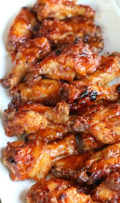 Slow Cooker Apricot BBQ Chicken Wings {Tailgating Recipes} Lester thinks I should add some hot sauce to it, too, but very yummy! Slow Cooker Huhn, Crock Pot Slow Cooker, Crock Pot Cooking, Slow Cooker Chicken, Slow Cooker Recipes, Cooking Recipes, Apricot Chicken Slow Cooker, Beef Recipes, Mexican Food Recipes