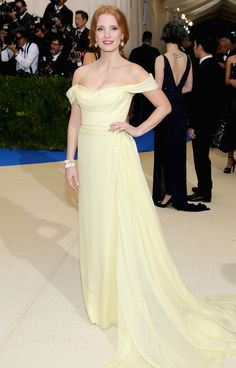 Another cool link is HowDoITransportMyCar.com  Jessica Chastain in pale yellow Prada at the Met Gala.