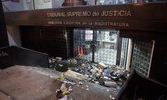 Trabajadores del TSJ repudian actos vandálicos contra sede DEM