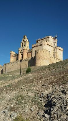 Castillo de Turégano (Segovia). Spain. Places Around The World, Travel Around The World, Around The Worlds, Medieval Fortress, Medieval Castle, Castle Ruins, Castle House, Chateau Medieval, Castle In The Sky