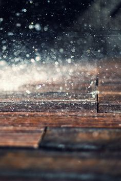 kawaiitheo:  Rain Day ~ By Andrine Klausen
