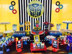 Decoração Festa Provençal Transformers Lindas decorações com valores a partir de R$350,00 + frete. consulte. Temos mesas em diversos tamanhos, estantes, aparadores, carriola, floreiras, bicicletinhas, postes de luz, cubos iluminados, painél em tecido, malha tensionada ou em bolas. Todo m...