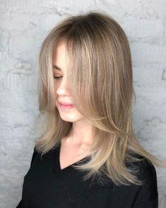 Face-Framing Layers for Fine Hair Medium Hair Cuts, Long Hair Cuts, Medium Hair Styles, Curly Hair Styles, Long Fine Hair, Hairstyles For Layered Hair, Layered Haircuts For Women, Hairstyles Haircuts, Lob Layered Haircut
