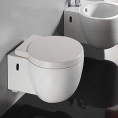 a6aaa0efeaae52 12 meilleures images du tableau WC suspendu   Rue du Bain   Toilets ...