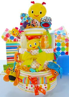 Busy Bugs Diaper Cake