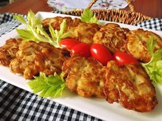 Kuřecí jogurtové placičky – U Miládky v kuchyni Czech Recipes, New Recipes, Cooking Recipes, Ethnic Recipes, Tandoori Chicken, Chicken Recipes, Health Fitness, Food And Drink, Low Carb