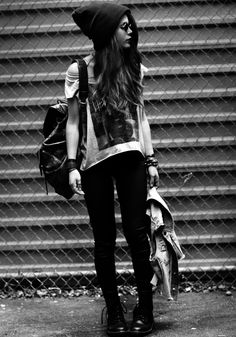 Find images and videos about girl, fashion and style on We Heart It the app to get lost in what you love. Punk Fashion, Grunge Fashion, Love Fashion, Girl Fashion, Fashion Outfits, Grunge Outfits, Fashion Killa, Street Fashion, Street Chic