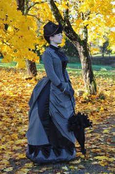 Before the Automobile: 1880's hat and gloves, 1887 dress: