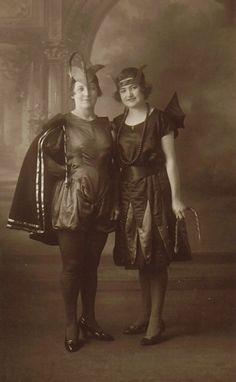Vintage Halloween! #vintage #halloween #costumes #1920s