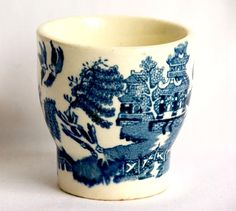 Vintage Arklow Willow Egg Cup 1930s | lilgreenshop - Collectibles on ArtFire