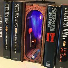 Red balloon Diorama Bookshelf Insert Red Balloon, Balloons, 9 Volt Battery, Beneath The Surface, Book Themes, Book Nooks, Pick Up, Diorama, Bookshelves
