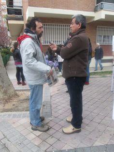 Entrevistando a Miguel Angel Araagón, representante de  la Asociación Jóvenes del Parque de Santa María, Madrid.