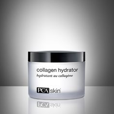 A rich moisturizer containing an advanced blend of ingredients to hydrate and firm dry and mature skin.