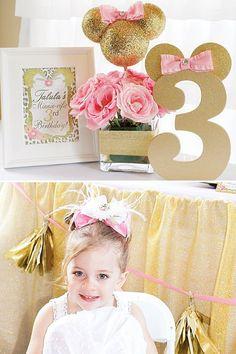 Número 5 mdf/ orelhas douradas e laço rosa