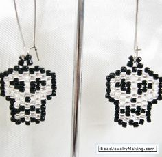 Cute and simple earrings, done in peyote stitch.
