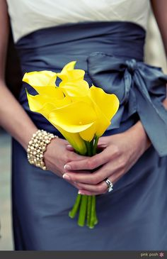 Pretty for a maize and blue wedding... This will happen if I ever get married!