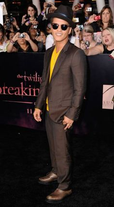 Bruno Mars....he's a cutie...love his natural hair instead of that pompadour