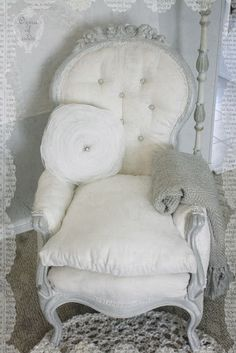 7189ccda57  Style ozma of odds  ...my starlit linen chair Vintage Shabby Chic
