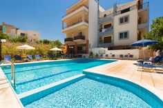 Eltina Hotel || Just 100 metres from a sandy beach and 1.5 km from Rethymno centre, Eltina Hotel features a pool with free sunbeds.