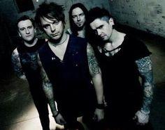 Whyyy did Matt cut his hair??? :'c