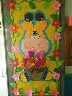 Resultado de imagen para decoracion de puertas infantiles por el dia de la primavera