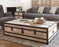 Using An Old Trunk As A Coffee Table Love This Idea Pieces For The Home Pinterest Coffee Love Tables And Coffee
