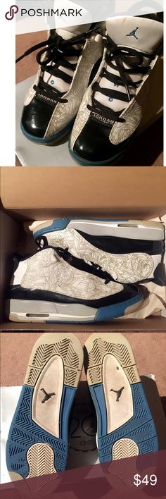 6 YOUTH Jordan Dub Zero Jordan 2005 anniversary Dub Zero! Size 6 YOUTH but can fit ladies 7/7.5. Used but in okay condition. Jordan Shoes Sneakers