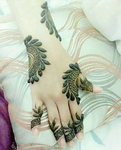 Full Mehndi Designs, Latest Henna Designs, Mehndi Desing, Arabic Henna Designs, Mehndi Design Pictures, Henna Designs Easy, Mehndi Images, Henna Tattoo Designs, Mehndi Art