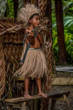 Ethnic Group in Bohol Philippines called Ati Tribe. by on YouPic Philippines Outfit, Bohol Philippines, Philippines Culture, Jose Rizal, Filipino Culture, Indigenous Tribes, Dress Attire, Portraits, Period Outfit