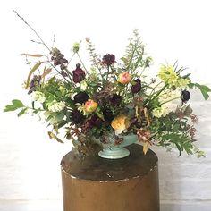 Monday Flowers with @kateecorless #jamjarflowers #jamjarstudio