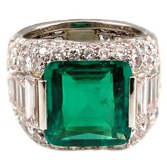 A Magnificent and Highly Important BULGARI Emerald Diamond Ring. Italy, circa 1990.