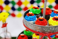 cupcakes-and a GREAT Sesame Street party!