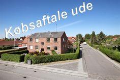 Husumvej 99, 1. th., 2700 Brønshøj - Indflytningsklar, nymalet, lys og venlig 3 værelses i Brønshøj #solgt #selvsalg