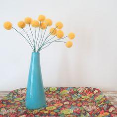 Felt craspedia flowers. Sunflower yellow wool pom poms. Pompom flowers. Faux…