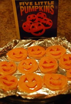 October Baby Toddler Book Club Meeting activity and snack based on Five Little Pumpkins by Dan Yaccarino